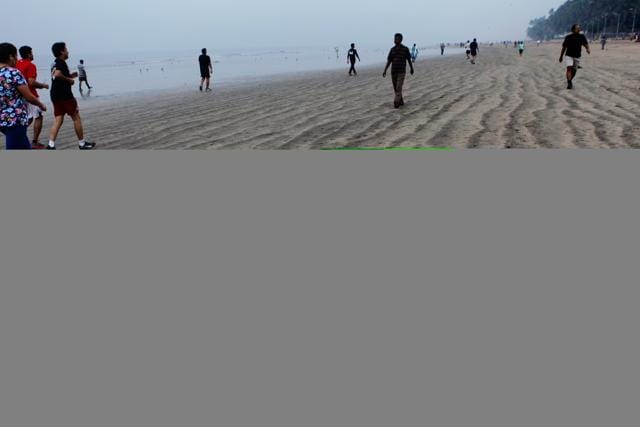 The 19-year-old girl was celebrating her birthday with three friends at Juhu beach.