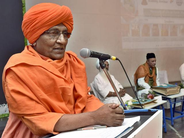Swami Agnivesh Politician delivering a lecture  at Millennium School in Amritsar on Friday.