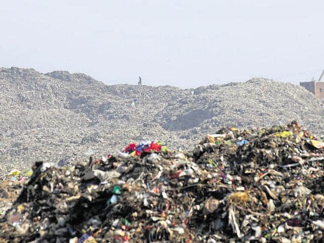 Deonar fire,Deonar dumping ground,BMC