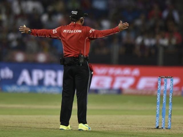 IPL 2016,Wide deliveries,Teams batting second