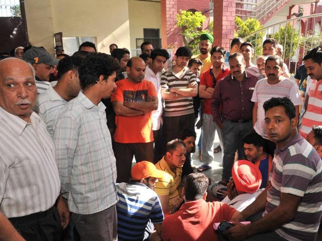 Jalandhar,schools,overcharging