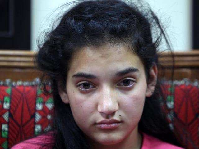 Israel frees girl prisoner,Palestinian girl released,Dima al Wawi
