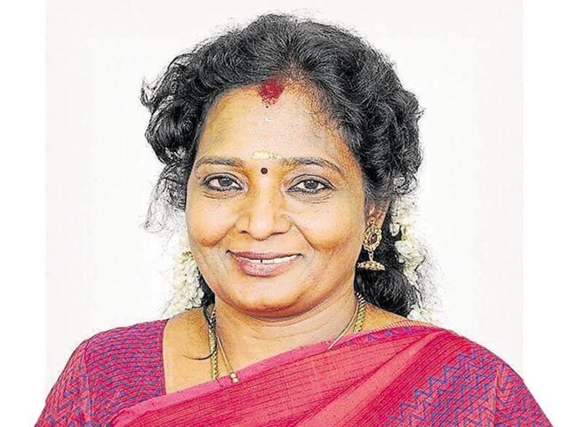 Jayalalithaa is online CM, people are offline: BJP's Tamil