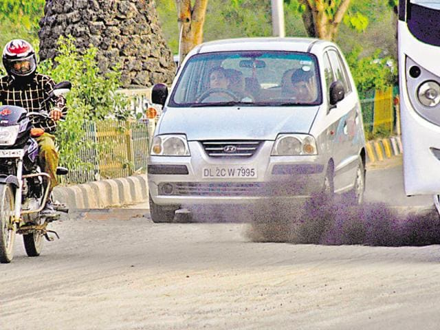 DPCC data showed pollution on Delhi's side of a few borders actually went up, instead of coming down.(Burhaan Kinu/HT Photo)