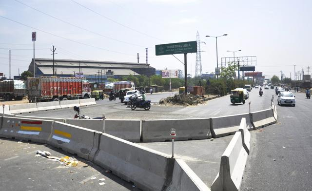 The Ghaziabad development authority opened the newly restructured ABES crossing on NH-24 on Monday.