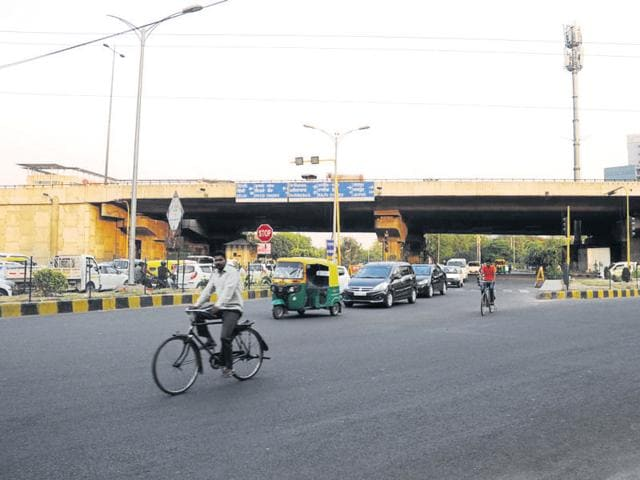 The NHAI will build three underpasses at Iffco Chowk, Signature Tower and Rajiv Chowk, besides a flyover at Hero Honda Chowk, for Rs 900 crore.