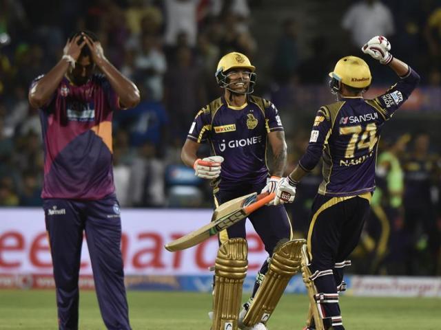 Umesh Yadav and Sunil Narine celebrate Kolkata Knight Riders' win.