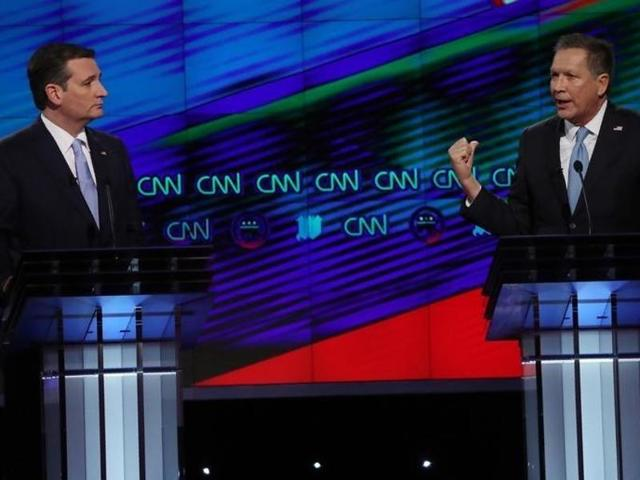 File photo of Republican US presidential candidates Ted Cruz (left) and John Kasich.