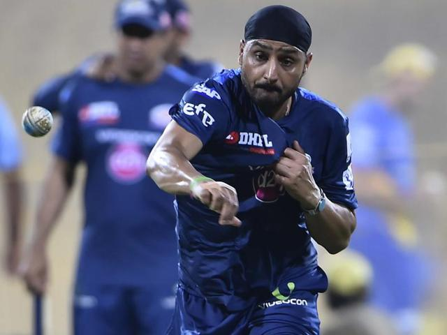 Harbhajan Singh's form played an important role in Mumbai Indians' victorious campaigns in 2013 and 2015.