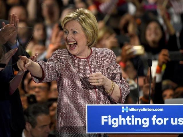 Hillary Clinton's presidential campaign has slammed Republican frontrunner Donald Trump for mocking an Indian call centre worker during an election rally this week.