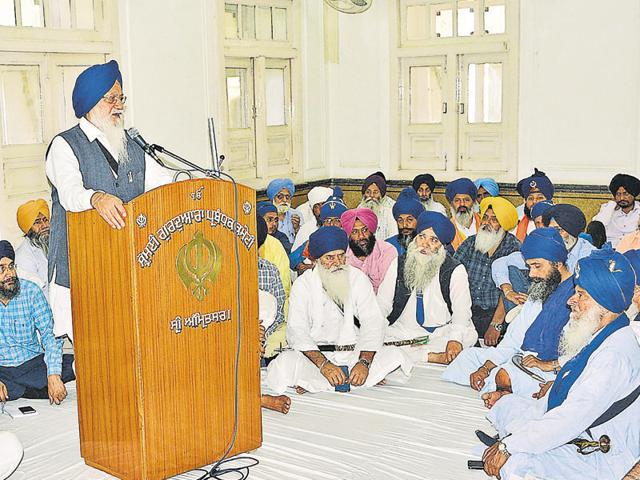 SGPC president Avtar Singh Makkar — seen here in a general house meeting of the committee in Amritsar — has welcomed the Parliament nod to the exclusion of Sehajdharis from gurdwara polls, terming it a historic move.
