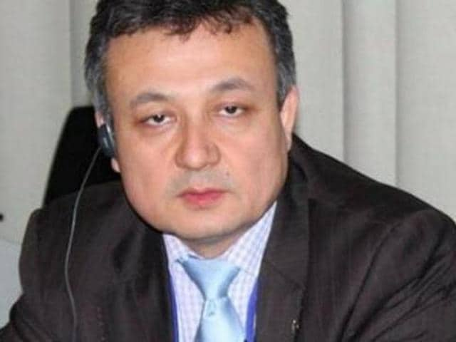 The government reconsidered its decision to allow Uyghur activist Dolkun Isa into India after the Chinese foreign office slammed the move.