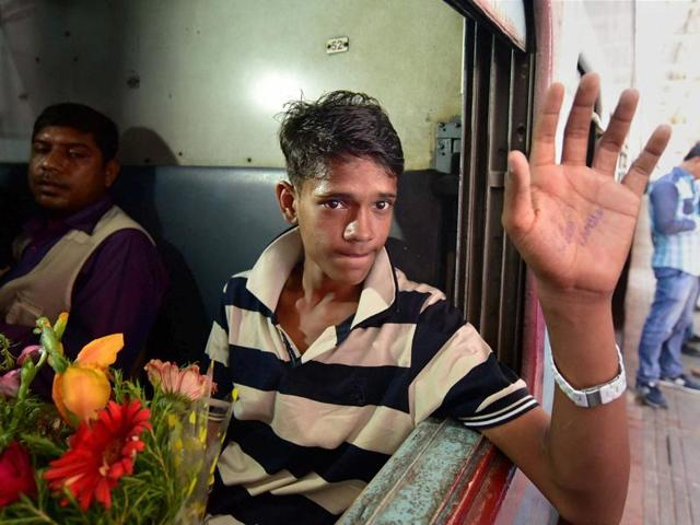 Ramzan had crossed into India from Bangladesh after being harassed by his stepmother and neglected by his father. He went to Ranchi, then to Mumbai and Delhi before being caught by police at the Bhopal railway station in October 2013.