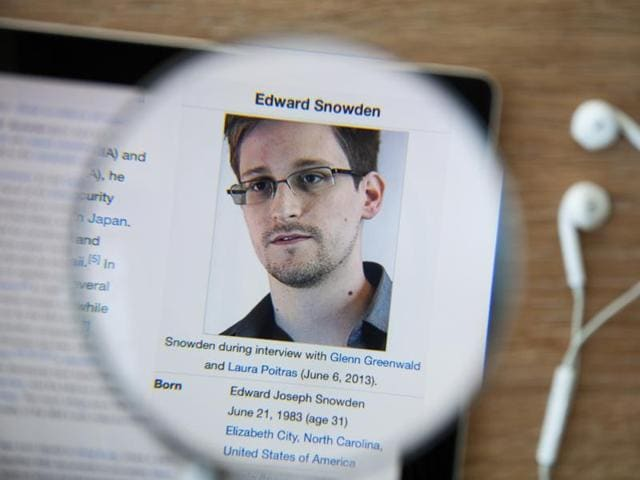 In the 16 months prior to the first major Snowden stories in June 2013, the articles drew a variable but an increasing audience, with a low point of about 2.2 million per month rising to 3.0 million just before disclosures of the NSA's internet spying programmes.