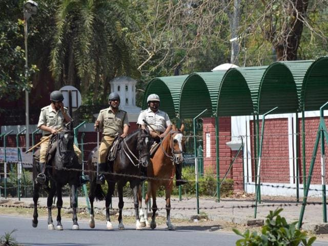 Days after violence rocked AMU campus, leaving two persons dead, Vice-Chancellor Zameer Uddin Shah said on Wednesday he was determined to trace the people behind it and demanded a CBI inquiry into the matter.