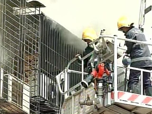 People from Harish Chamber building have been evacuated by Mumbai fire brigade and police