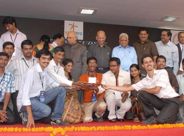 STUDSAT-2,ISRO,satellites