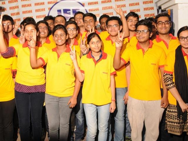 FIIT JEE coaching centre students celebrating their success after JEE (Main) 2016 results.