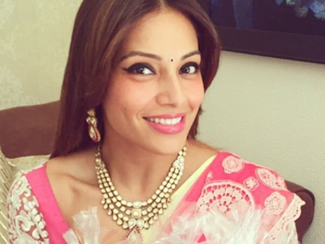 Bipasha Basu and Karan Singh Grover wedding festivities are in full swing. We bring you a sneak peek.