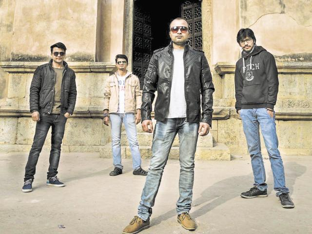 Hazrat and Rangreza bands from Delhi will perform at CyberHub this Friday.