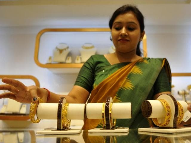 jeweller strike,Noida,All India Gems and Jewellers Federation