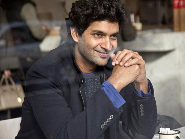Actor Purab Kohli and his team of Sense8 have set up a special viewing room to catch up on cricket matches during his shoot in Italy.