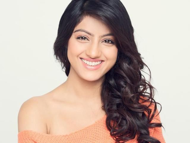 Actor Deepika Singh is in a rush to finish work and get back home these days. Find out why.