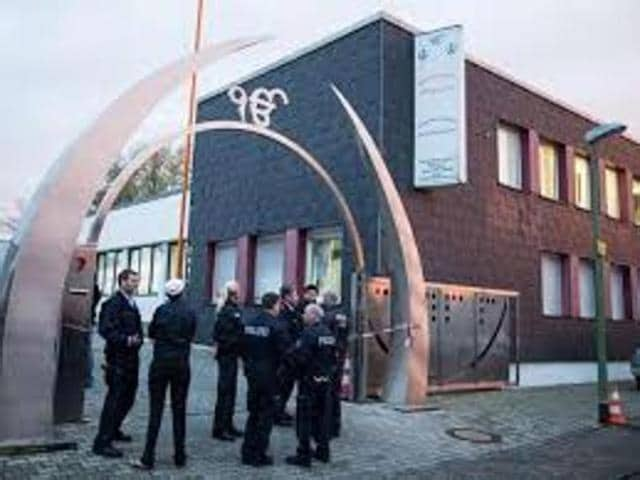 The teenagers are charged with detonating a fire extinguisher filled with explosives at the entrance of Gurdwara Nanaksar Satsang Sabha on the evening of April 16.(Photo: German Media)