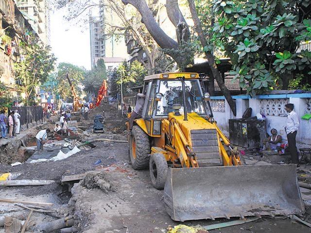 Road repairs,Scam,Ajoy Mehta