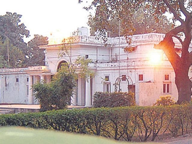 government flats,Birju Maharaj,Lutyens' Delhi