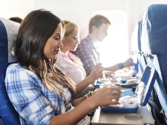 In-flight meals don't have to be unhealthy and boring. Choose wisely for a happy journey.