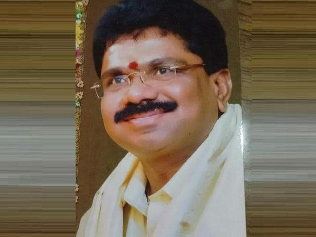 A. Mohan, deputy transport commissioner of Andhra Pradesh, who has been arrested for disproportionate assets.(HT Photo)