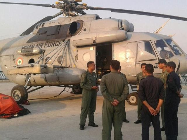 A MI-17 chopper has departed from Nainital to spray water over  the burning forests, in Uttarakhand.