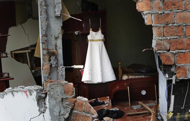 Ecuador earthquake,Ecuador,Survivor rescued after 13 days