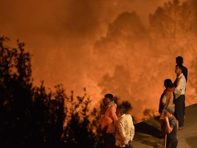 Forest fire in Pauri Garhwal district of Uttarakhand on Thursday.