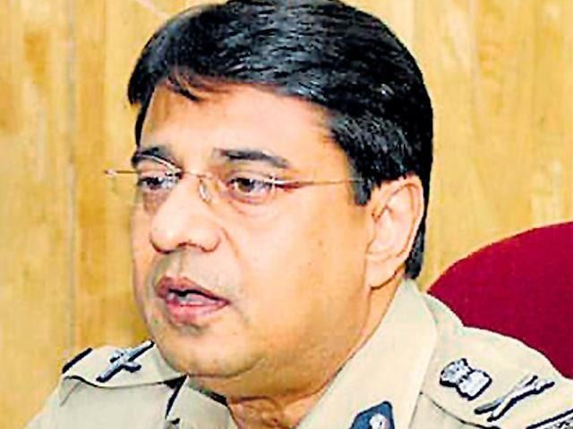 Many are crediting Kolkata's new police commissioner Soumen Mitra for ensuring peaceful polling on Saturday by adopting a 'model code of operations' and keeping local goons on a tight leash.