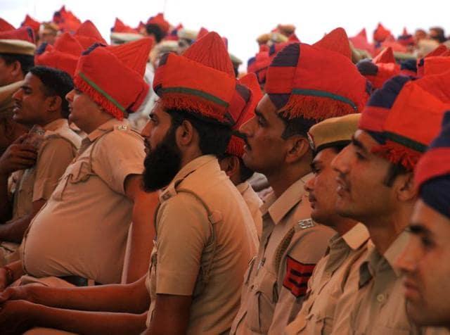 Haryana Police,weekly off,ML Khattar