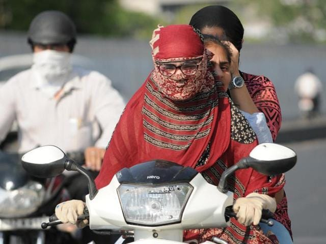 Patiala's maximum settled at 43.9 degrees Celsius, six notches more than normal level on Monday.