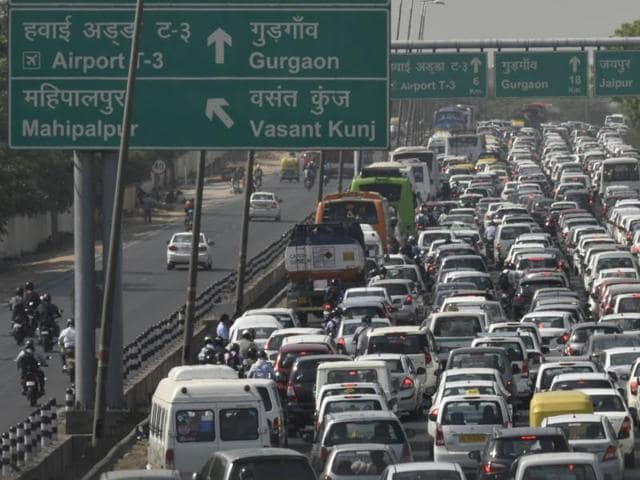 Thousands of commuters were forced to endure long tailbacks on the Delhi-NCR border, from as early as eight in the morning.