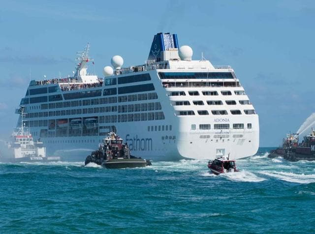 In Pics First US Cruise Ship In Years Adonia Docks In Cuba - Cruise ships to cuba