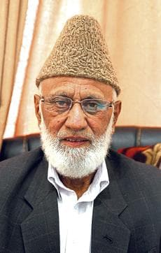 Syed Ali Geelani, chairperson of the hardline faction of the Hurriyat Conference, may be succeeded by Mohammad Ashraf Khan.