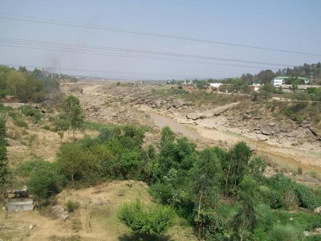 The Himachal Pradesh government has built a dam and plans to divert the Chakki river to other areas through channels.