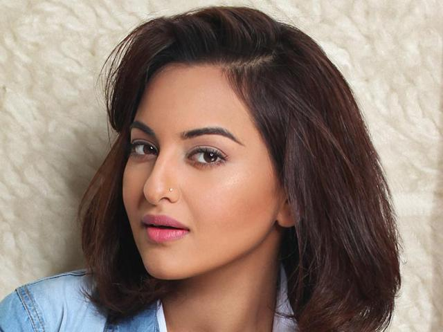 """""""The earthquake damaged the lives of thousands in Nepal. But I knew in my heart that the country would rise from the ashes in no time... this will be my first time there, and I am glad that it is for such a great cause. I am excited to be part of this event."""" says Sonakshi Sinha."""