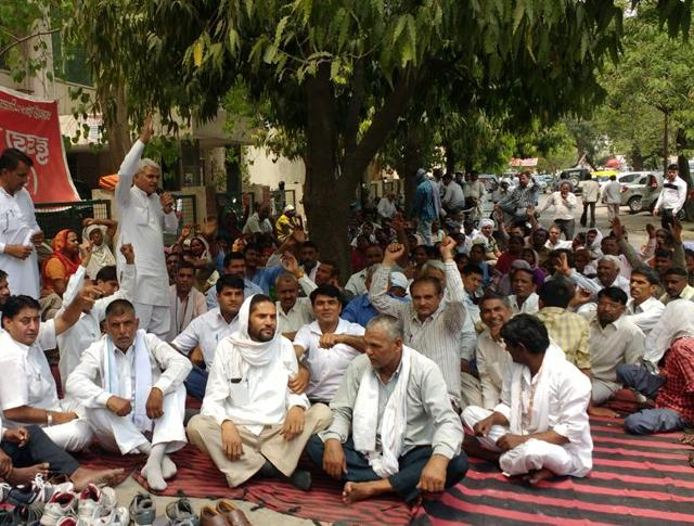 MP: Anti-reservation front woos OBC staff to form pressure group