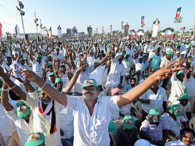 Supporters of AIADMK supremo J Jayalalithaa at an election campaign ahead of the Tamil Nadu legislative assembly elections in Kanchipuram.