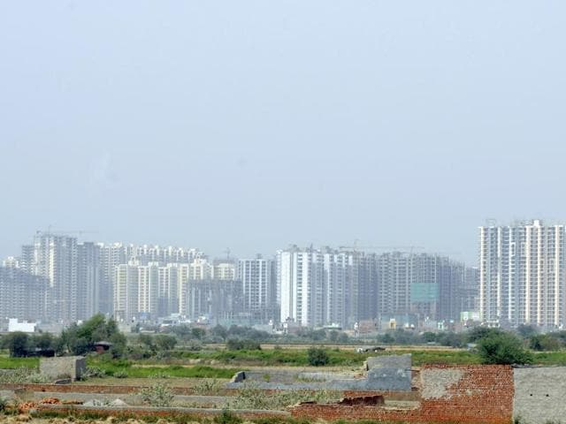 Noida authority,confederation of real estate developers association of India,delayed possesion