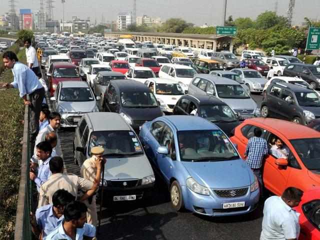 Heavy traffic at Mahipalpur Chowk, in New Delhi.