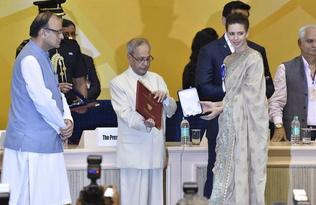 President Pranab Mukherjee presenting Special Jury award to Kalki Koechilin during the 63rd National Film Awards Function at Vigyan Bhawan in New Delhi.The actress won for her performance in Margarita With a Straw.