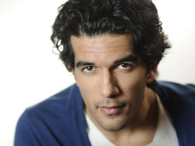 Taher Shabbir's dream has come true. He worked with Shah Rukh Khan in his last release, Fan.