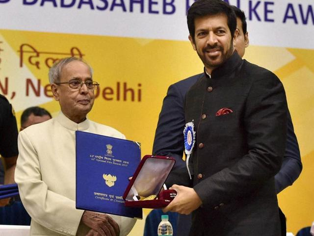 President Pranab Mukherjee presents Best Popular Film award to Director Kabir Khan for Bajrangi Bhaijaan at the 63rd National Film Awards 2015 function in New Delhi on Tuesday.
